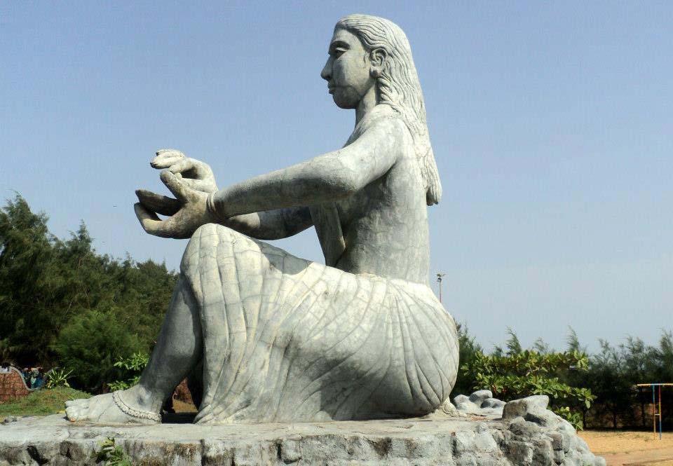 12-Chaalil-beach-statue-kannur