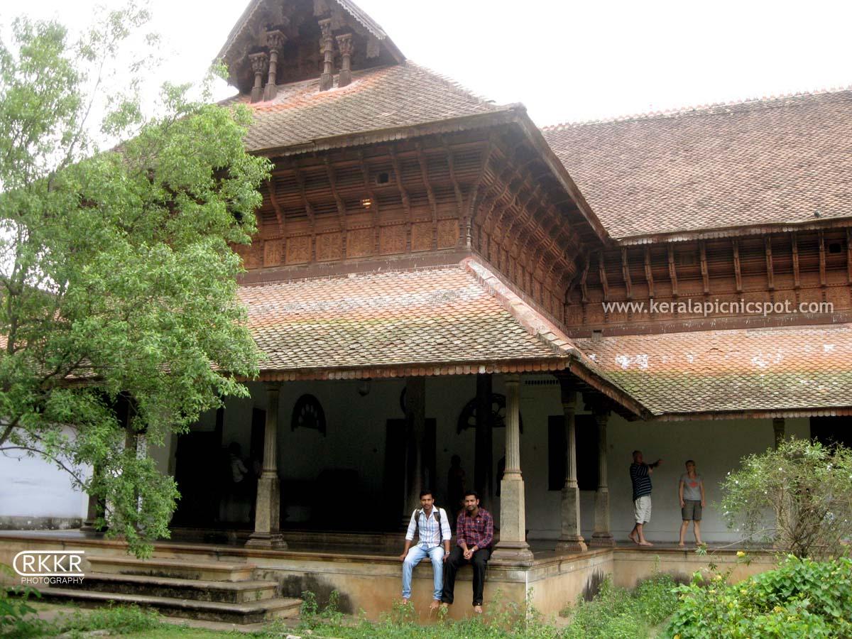 Kuthiramalika palace Museum