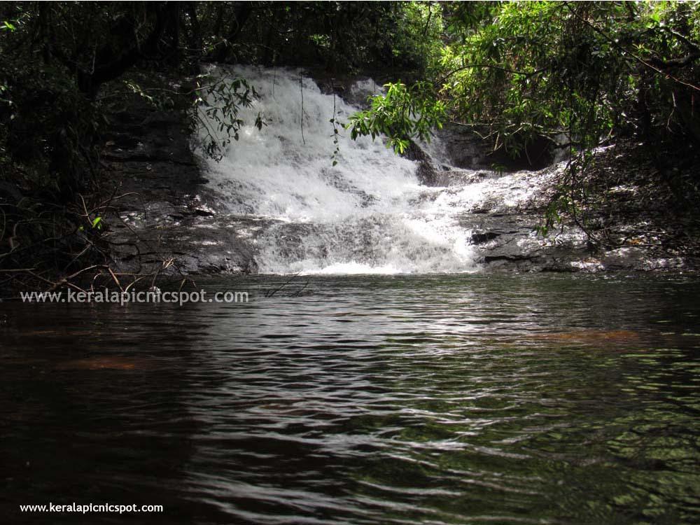 Kanayi Kanam, Payyanur