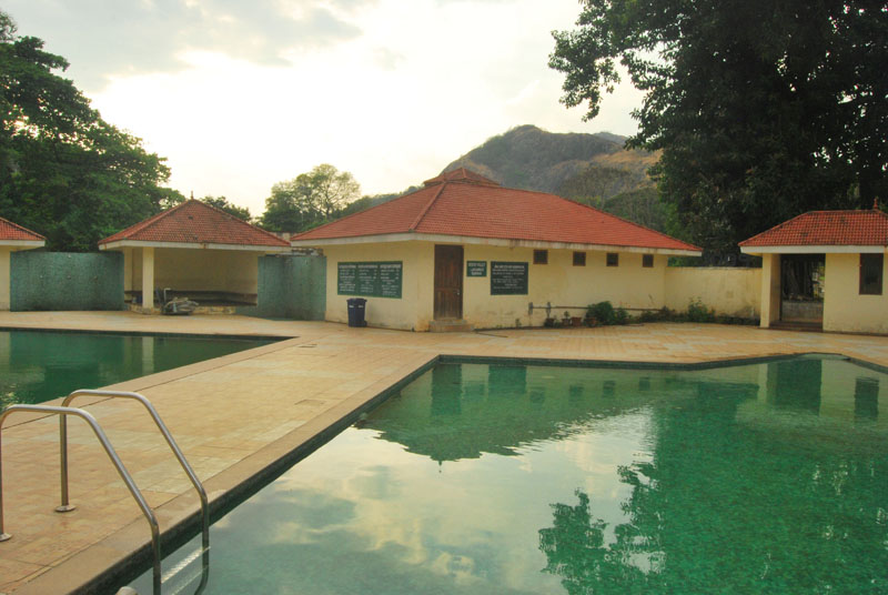 Swimming Pool at Malampuzha